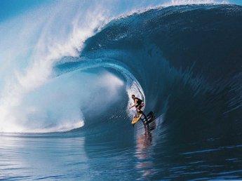 20130224_surfer_wave